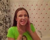 Беременная Эвелина Бледанс вывихнула челюсть