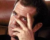 Мэл Гибсон получил повестку в суд