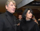 Вдова Абдулова снова судится за наследство мужа